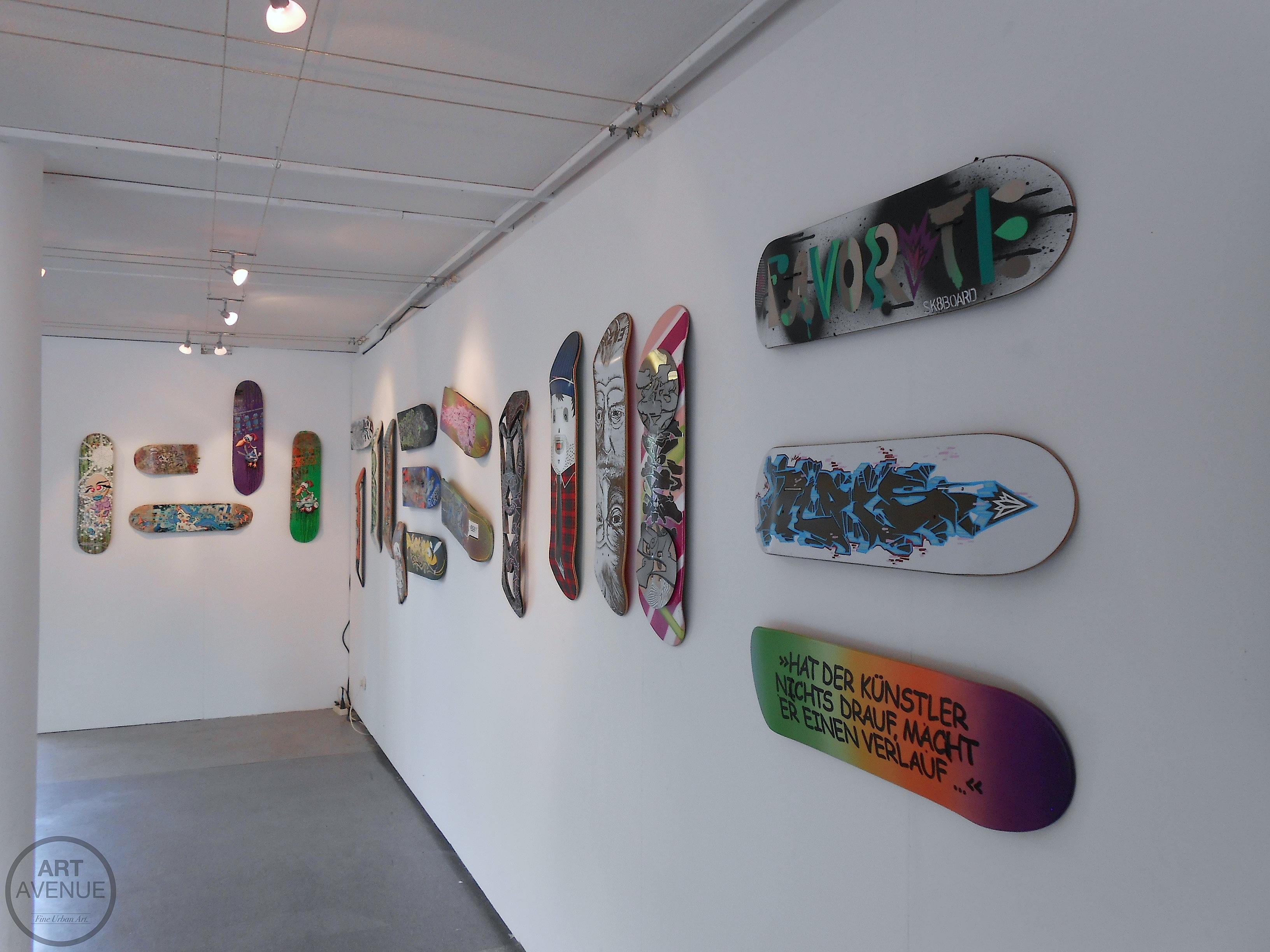 Urban Deck Art  – Bunte Brettl im Farbenladen