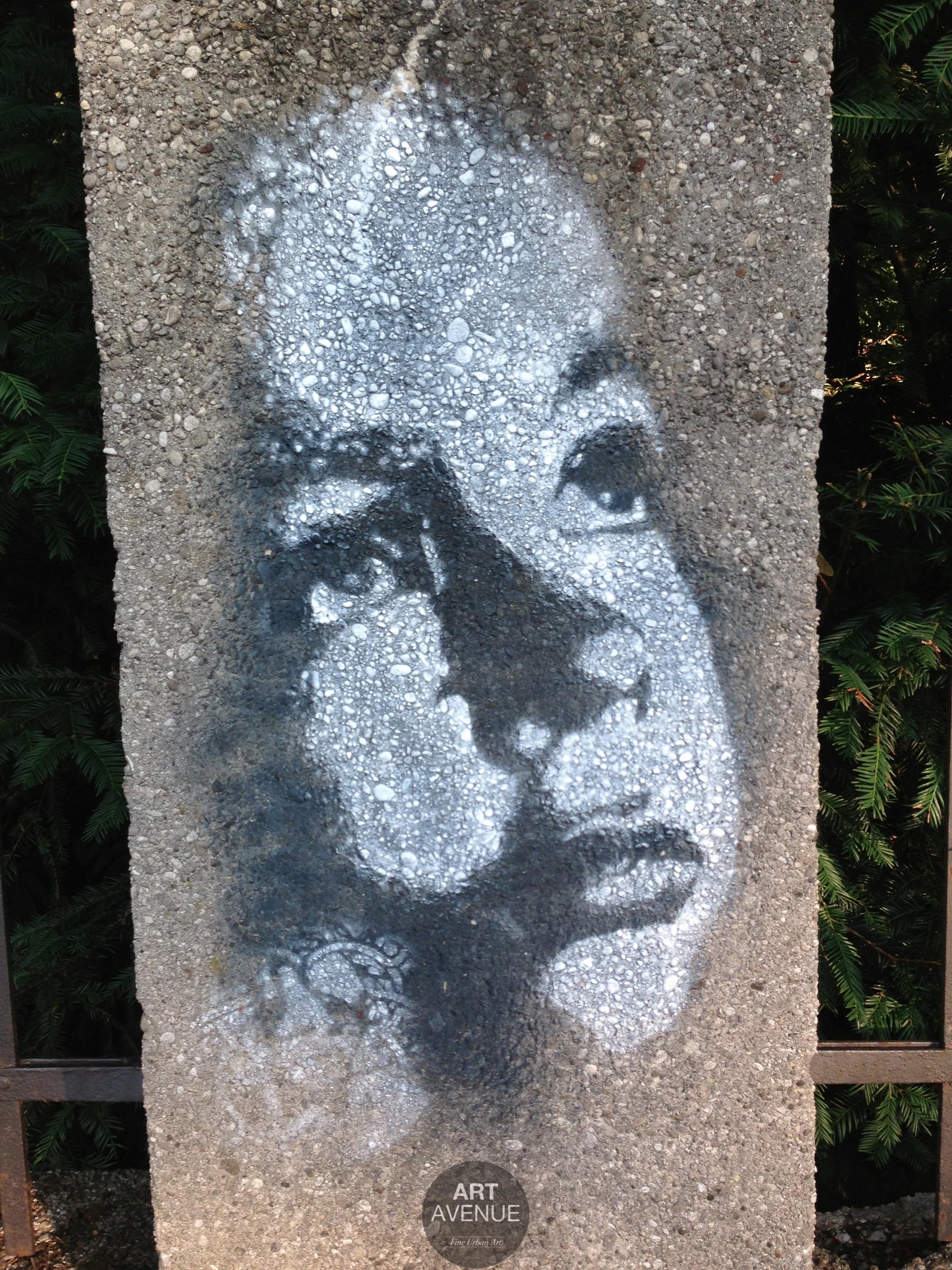 Bustart Stencil
